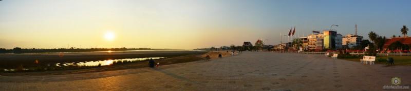 Vientiane quais sur le Mékong