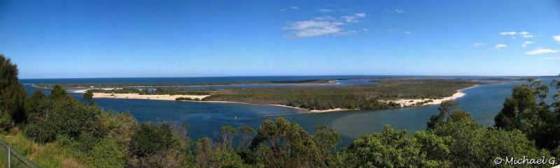 Lake entrance - New South Wales